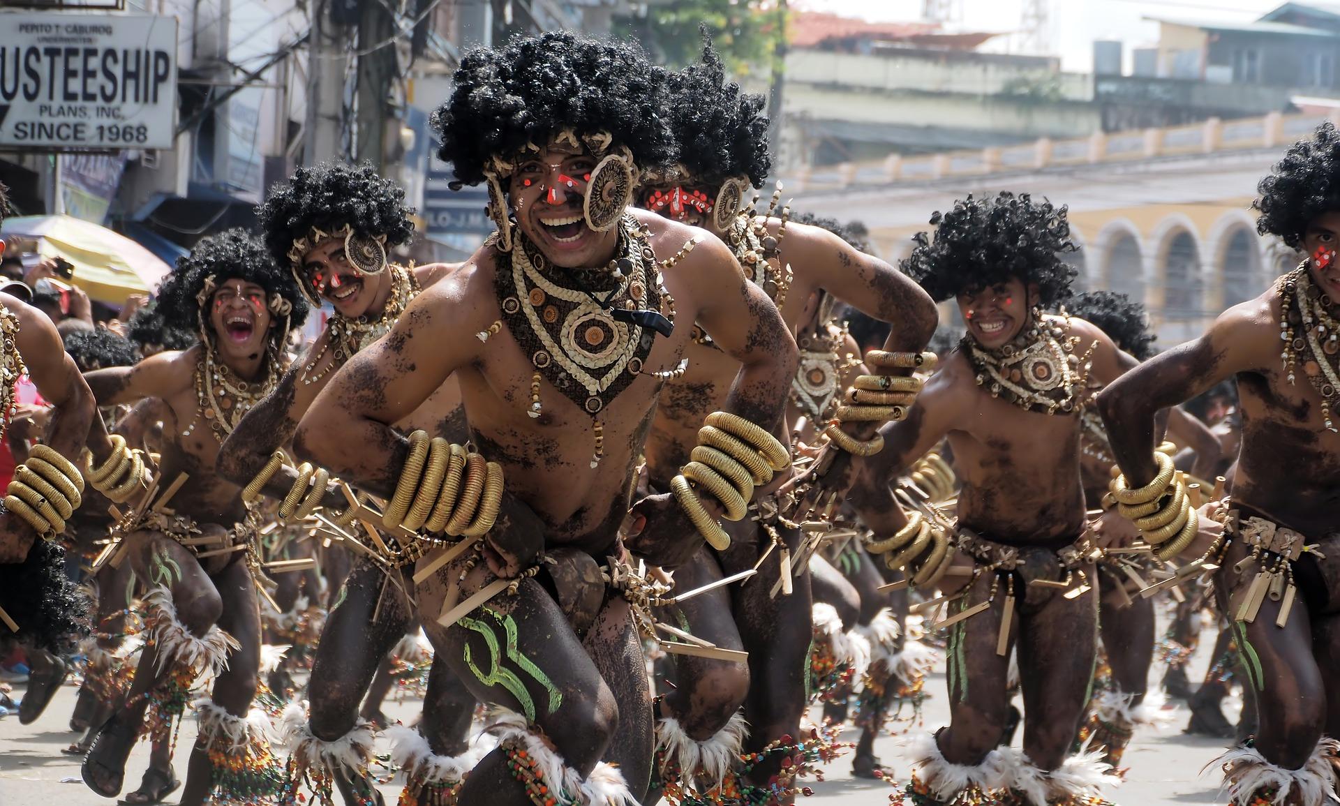festival men dancing